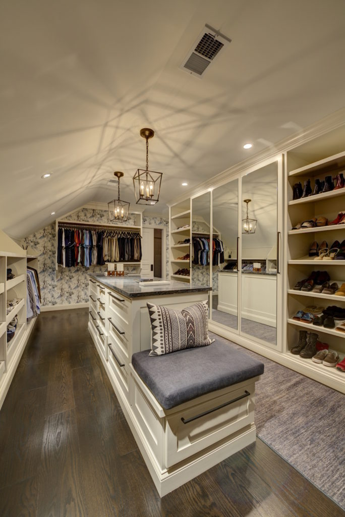 All I Want For Christmas Is A Dream Closet Commonwealth