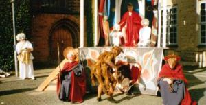 Durham Medieval Theatre's 1998 production of the Doomsday pageant.