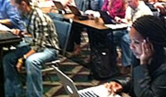 community-internet-emprendedores-y-redes-sociales-enrique-san-juan-curso-community-manager