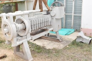 RMRDC Donates Cashew Shell Nut Oil Extractor Machine to FUNAAB Cashew Shell Nut Oil Extractor Machine