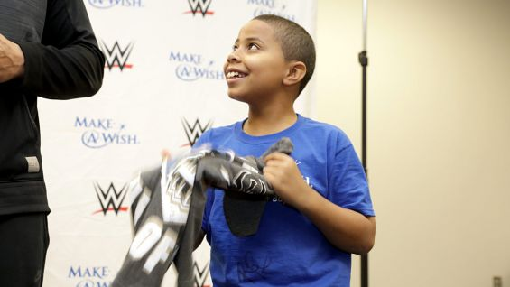 Circle Of Champions Roman Reigns Meets Andrew In Little Rock Photos WWE Community