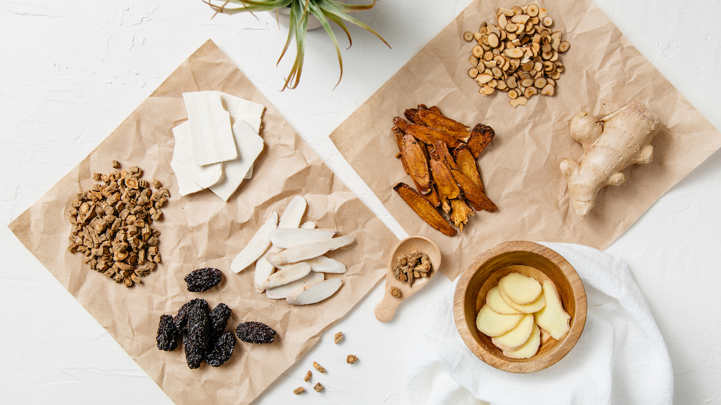Chinese Herbal Medicine: Combining Nature with Science