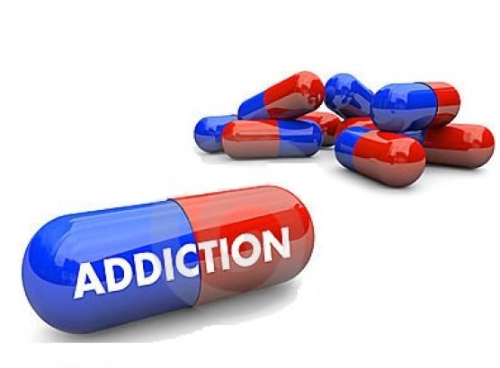 pills-addiction-10444553