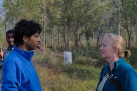 Two conservation practitioners talking
