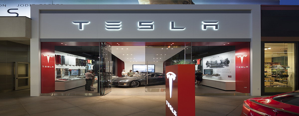 Southlake City Council hears the first reading for a Tesla Gallery Tuesday night.