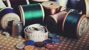 arts and crafts bobbin buttons