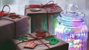 christmas gifts jar