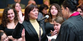 Commissioner Lynda Bell installed as vice chair of Miami-Dade Commission