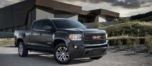 2015-gmc-canyon-front-view-side-by-side