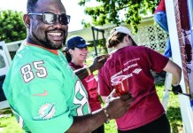 Dolphins, Bank of America team up to help veteran