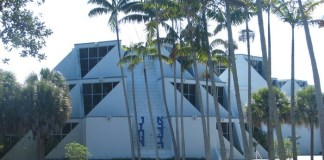 Kendall synagogue's closing set; members seek other affiliations