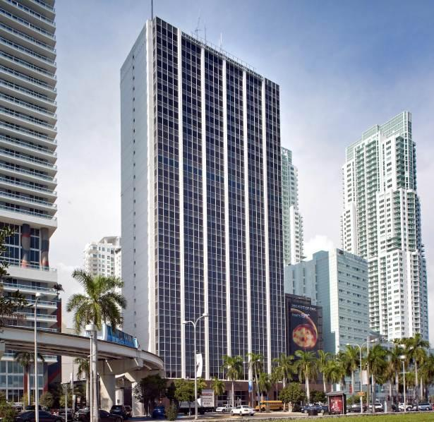 East End Capital closes on $84 million purchase of 100 Biscayne Boulevard