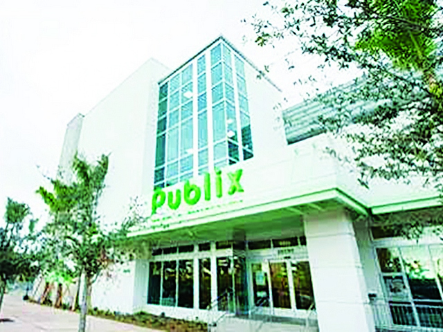 Publix Opens at Downtown Doral as development's only supermarket