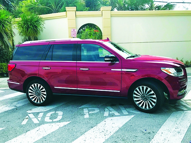 New Lincoln Navigator: fantastic alternative to others in class
