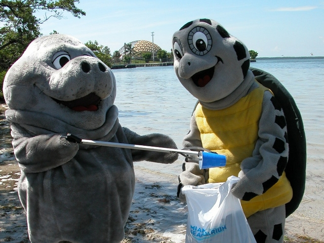 Miami Seaquarium to celebrate 63rd anniversary with cleanup of beach