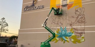 Local twin artists bring street art to Lighthouse Learning Center