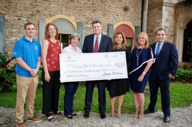 Sunstate Bank sponsors Deering Estate's field study program for school children