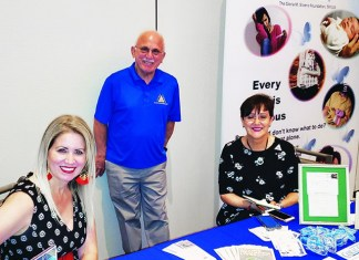 Allegro Dadeland hosts luncheon for Sunshine Cancer/Pap Corps
