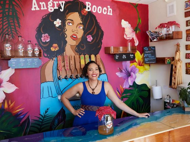 Home-brewed kombucha business 'teas' up for growth, new markets