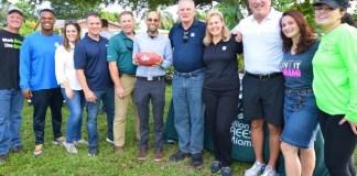 NFL, Brownsville residents join to plant community garden in Glenwood Park