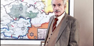 One-person play tells true story of Nazi-hunter Simon Wiesenthal
