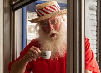 Santa Claus to spend the holidays in Miami