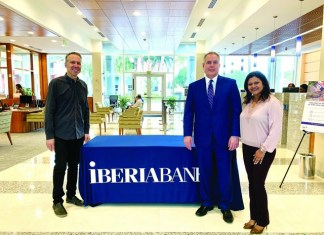 IBERIA Bank hosts SpeedBiz—best one-on-one networking in town