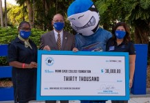 Miami Marlins Foundation gives MDC $30,000 for endowment