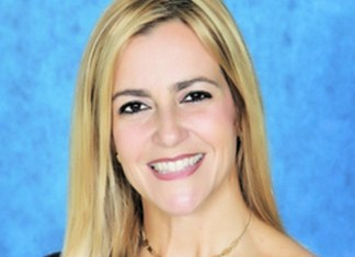 Pinecrest Elementary School's Lynn Zaldua named MDCPS South Region's Principal of the Year