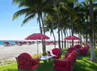 Acqualina Resort achieves a five-star rating for the hotel and spa from Forbes Travel Guide for 2021