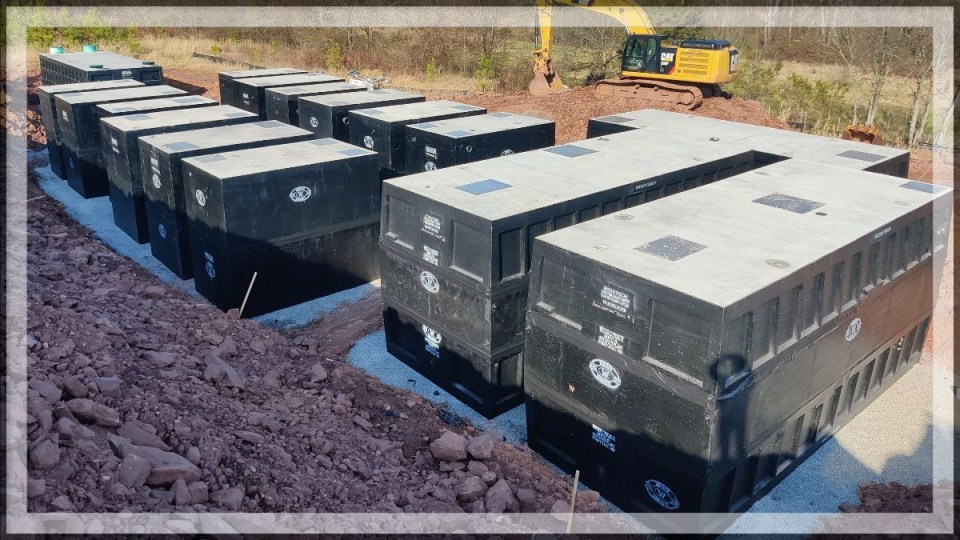 Precast concrete tanks for settling, equalization and discharge in wastewater treatment