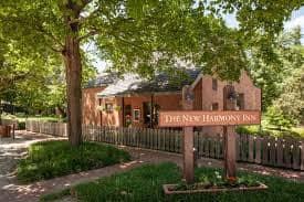 New Harmony Inn