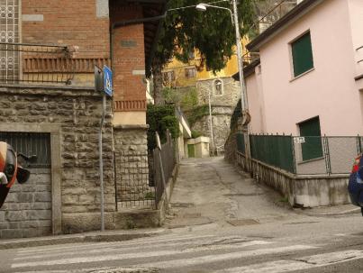 Path off Via Crispi