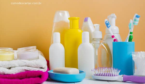 Como descartar pasta de dente e tubo?