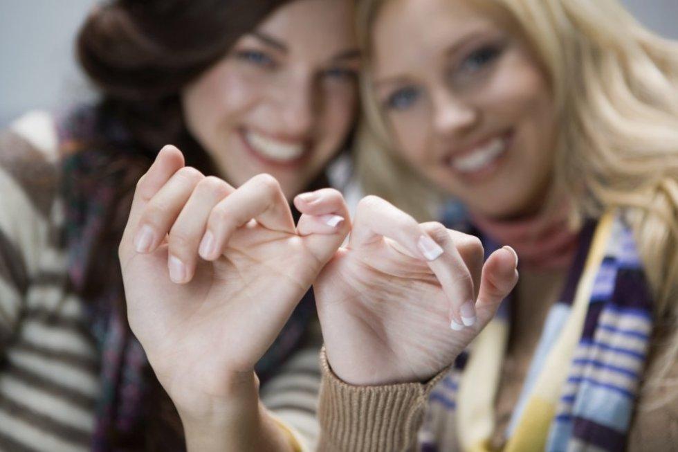 amigas-amizade-sociedade