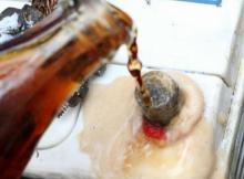 Cómo eliminar el óxido con refresco de cola
