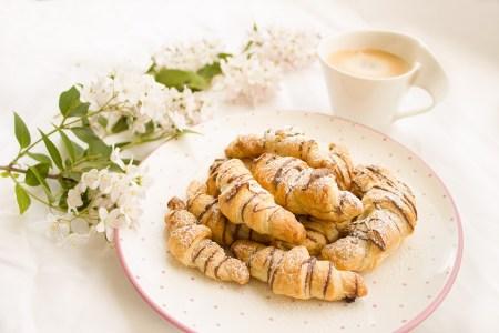 Cómo hacer rollitos de pan francés 2