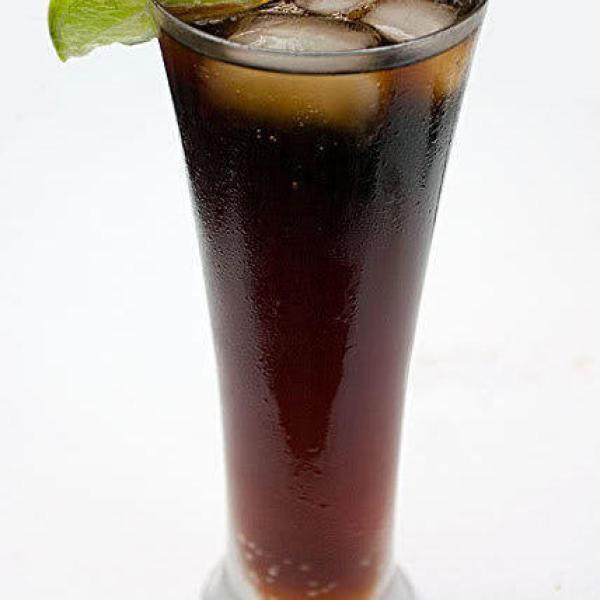 Cómo preparar bebida energética con café