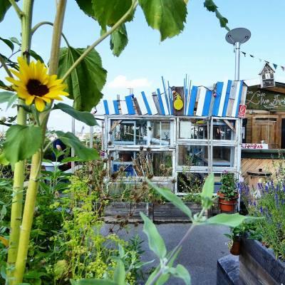Klunkergarten rooftop cafe and garden in Berlin