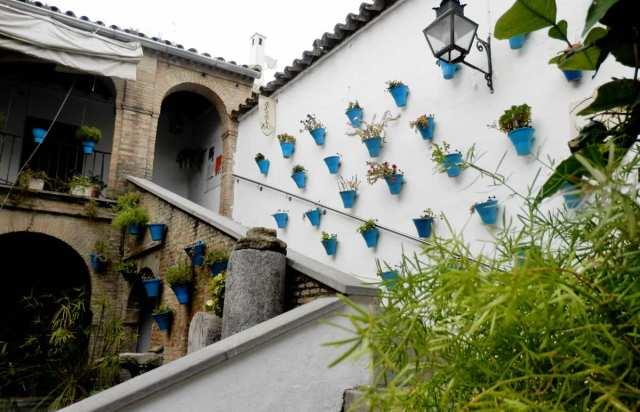 patio zoco mercado artesania cordoba