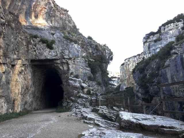 entrada-a-foz-de-lumbier-navarra-turismo