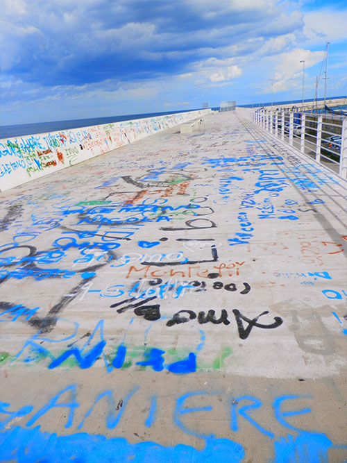 graffiti-merca-del-pesce-bari-italia