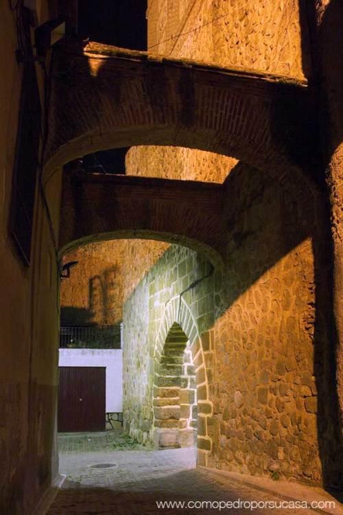 muralla-escalona-puerta-san-miguel