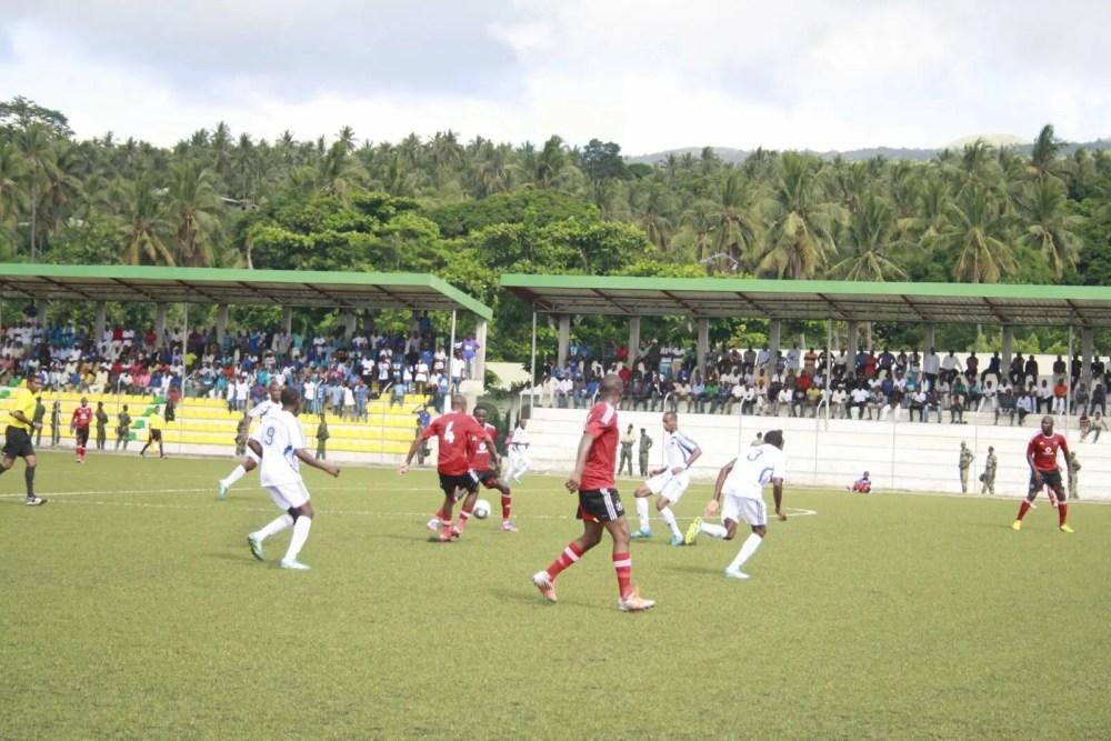 Football, Proposition : Comment professionnaliser le football des Comores ?