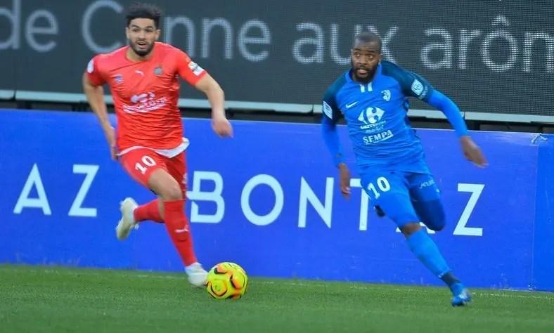 Mchangama, Mercato : Youssouf Mchangama rejoint l'En Avant Guingamp