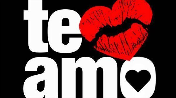 Beso negro y sesion de tijeras de lesbianas 8