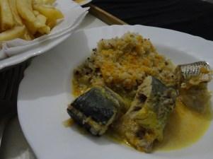 Peixe ao Molho de Legumes e Arroz 7 Grãos