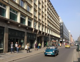 Alemanha Trabi Berlim Tour Trabant Carro Oriental - Foto Nathalia Molina @ComoViaja