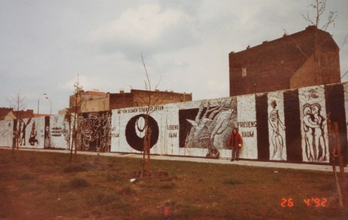 MURO EM 1992