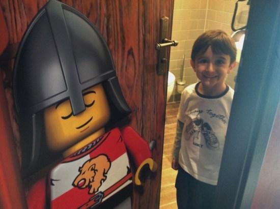 Legoland Hotel Castelo Quarto Alemanha - Foto Nathalia Molina @ComoViaja (2) (1024x765)
